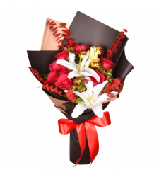 christmas mixed flower in a bouquet