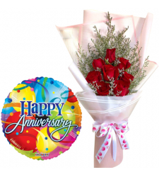 8 Red Roses Bouquet with Anniversary Balloon